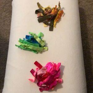 Set of 60 ribbon hair ties
